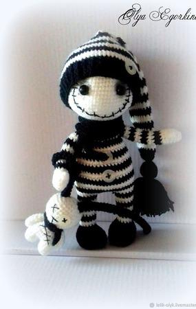 Готическая куколка с другом зайкой ручной работы на заказ