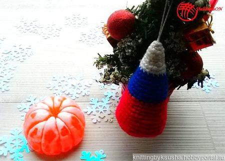Вязаные ёлочки  в российском стиле ручной работы на заказ