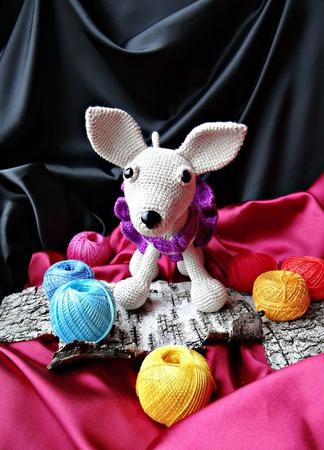 Вязанная собака чихуахуа. Собачка амигуруми с милыми аксессуарами ручной работы на заказ