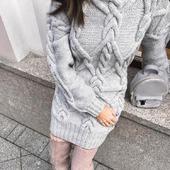 Вязаный свитер - платье ручной вязки