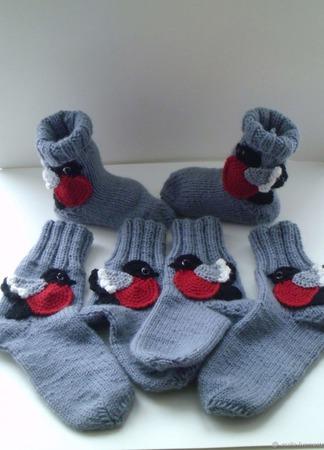 Вязаные носки  Снегири ручной работы на заказ