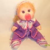 Кукла  с соской связана спицами для вас
