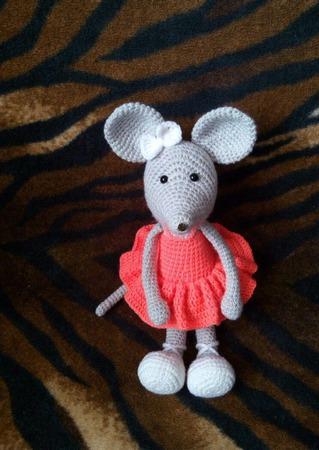 Мышка-балерина. Вязаная мышка. ручной работы на заказ