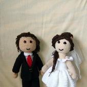 Вязаные куклы жених и невеста.