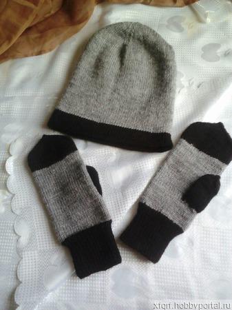 Комплект для мужчины шапка и варежки ручной работы на заказ