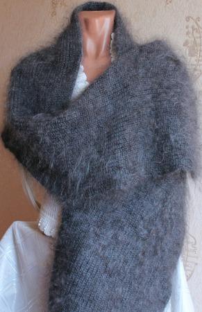Пуховый вязаный палантин серый. ручной работы на заказ