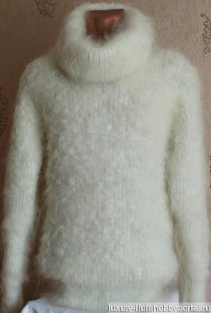 """Пуховый свитер """"Афродита"""" ручной работы на заказ"""