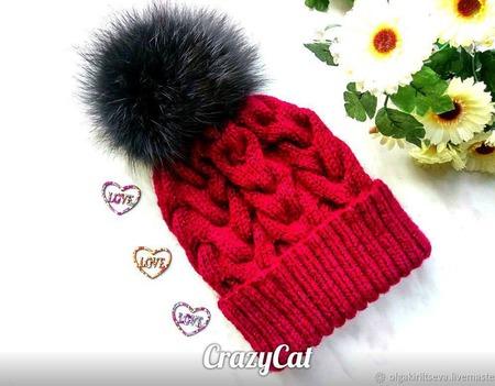 """Шапка вязаная """"Спелая вишня"""", шапочка с помпоном, шапка женская ручной работы на заказ"""