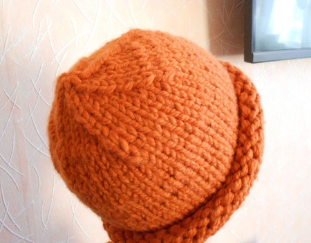 Вязаный комплект шапочка   Xelsinki  + снудик ручной работы на заказ