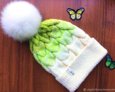 """Шапка вязаная """"Romantic"""", шапочка с помпоном, шапка женская ручной работы на заказ"""