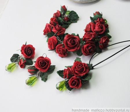 """Комплект украшений """"Красные розы"""", полимерная глина ручной работы на заказ"""