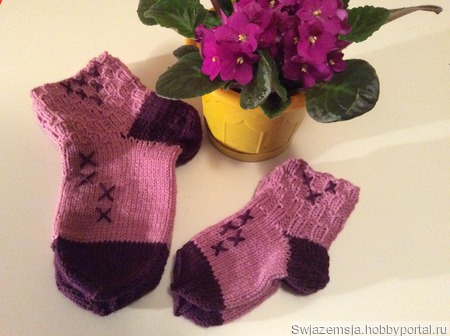 """Комплект носочков """"фэмили лук"""" для мамы и дочки ручной работы на заказ"""