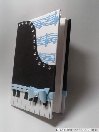 Ежедневник для любителя музыки ручной работы на заказ