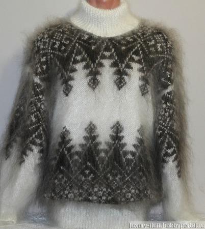 """Пуховый свитер """"Елочка-зигзаг"""" ручной работы на заказ"""