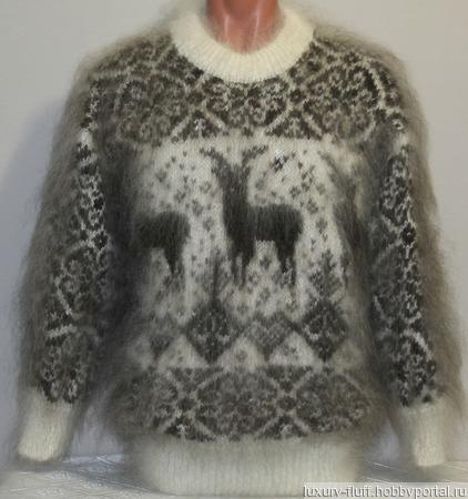 """Пуховый свитер """"Благородный олень"""". ручной работы на заказ"""