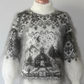 """Пуховый вязаный свитер""""Рождественская сказка""""."""