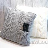 Подушка интерьерная с кармашком для пульта