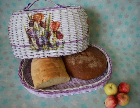 Хлебница ручной работы на заказ