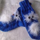 Забавные вязаные носочки.