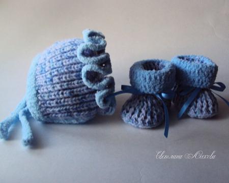 Комплект для новорожденного малыша  вязаный голубой ручной работы на заказ
