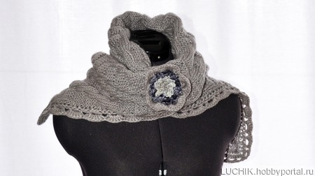 Теплый шарф-палантин с брошью. ручной работы на заказ