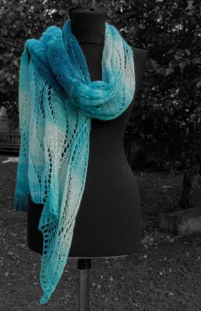 Вязаный  палантин большой шарф вязаный спицами, большой ажурный, Морской. ручной работы на заказ