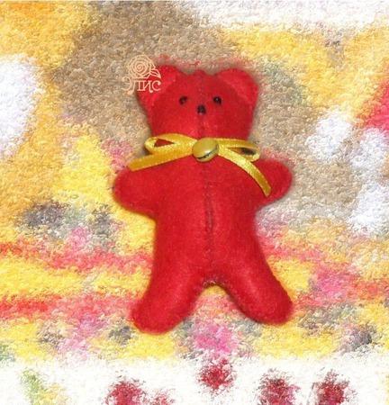 Маленький мягкий Медвежонок из фетра ручной работы на заказ