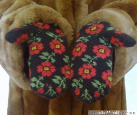 """Варежки латышские """" красные цветы2 ручной работы на заказ"""