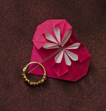 """Набор украшений-оригами: серьги/клипсы + кулон """"Сердечки с цветами"""" ручной работы на заказ"""