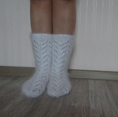"""Носки """"Подарок к празднику №2""""-вязанные,теплые,пуховые ручной работы на заказ"""