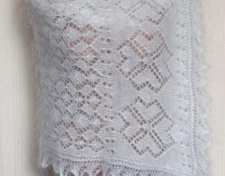 Палантин пуховый,ажурный,вязанный №35 ручной работы на заказ