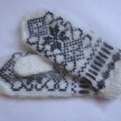 Варежки-рукавички вязанные из шерсти с пухом