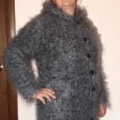 Пуховое вязанное пальто,куртка,пуховик с подкладкой.
