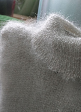 Безрукавка детская пуховая,тёплая с горлом. ручной работы на заказ
