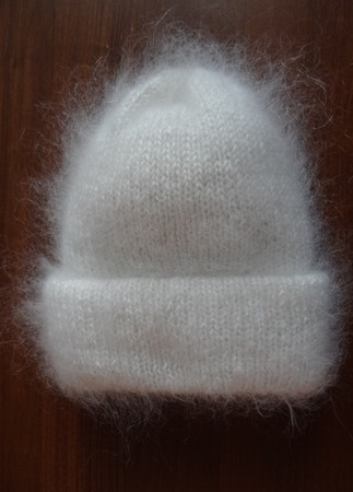 Пуховая двойная шапка ручной работы на заказ