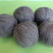 Пуховая пряжа ручного прядения -козий пух с коз придонской породы ВЗ2.