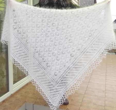 Шаль-вязанная- пуховая- ажурная  №48 ручной работы на заказ