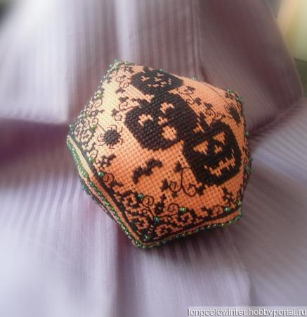 """Игольница """"Хэллоуин"""" ручной работы на заказ"""