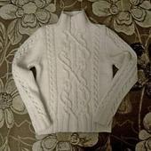 Женский свитер аранами