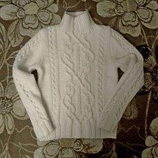 Женский свитер аранами ручной работы на заказ