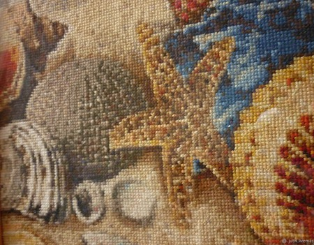 Вышивка крестом картина  Ракушки на песке ручной работы на заказ