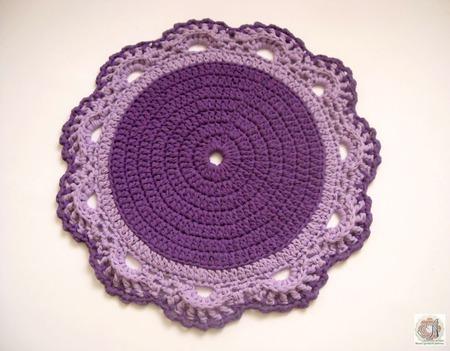 Вязаный коврик из трикотажной пряжи Фиолетовый цветок ручной работы на заказ