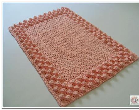 Коврик половик вязаный крючком из полиэфирного шнура Розовые шишечки ручной работы на заказ