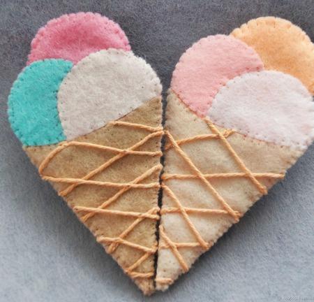Сладкая брошь из фетра Мороженое ручной работы на заказ