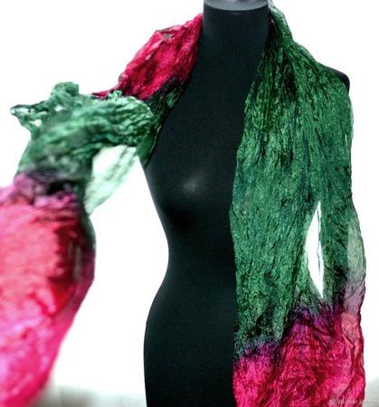 Красно зелёный шарф  широкий длинный женский шёлковый шарф ручной работы на заказ