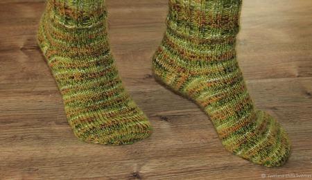 """Вязаные носочки """"Лес"""" ручной работы на заказ"""