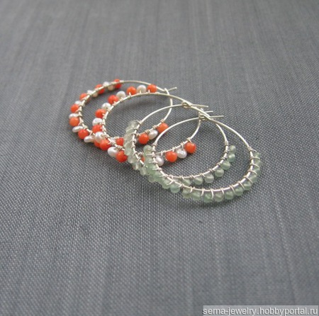 """Серьги-кольца """"Red-white"""" из серебра с кораллом и речным жемчугом ручной работы на заказ"""