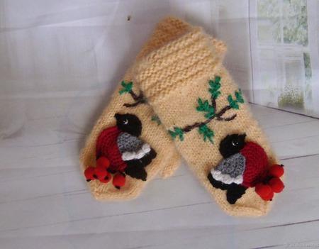 Детские варежки Снегири ручной работы на заказ