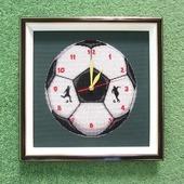 """"""" Время чемпионов"""" настенные часы с вышивкой"""