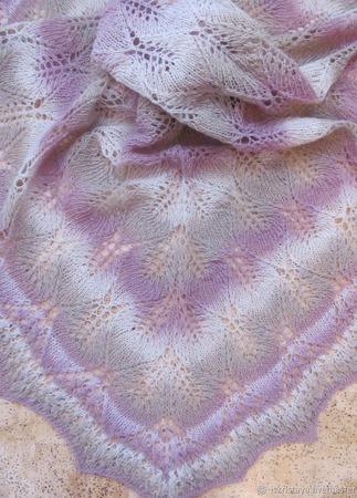 Шаль Розовая нежность ручной работы на заказ
